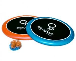 OgoSport® Set Die OgoSport® Disc Ø 30 cm fängt Bälle und schießt sie bis zu 15 Meter weit. Sie kann auch als Wurfdisc verwendet werden. OgoSport ist ideal zur Schulung der Motorik und Auge-Hand-Koordination. € 19,99